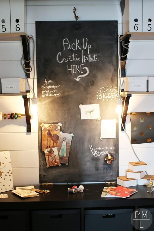 An amazing DIY fold down sewing table that doubles as a cute chalkboard! Such a space saver (as well as easy/inexpensive)