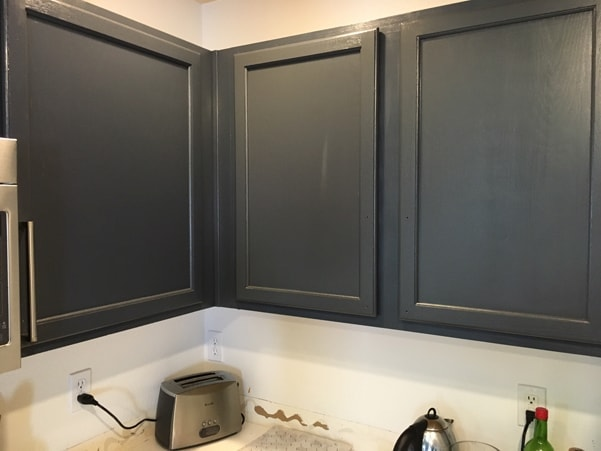Phenomenal Benjamin Moore Black Kitchen Cabinet Colors Petite Modern Life Download Free Architecture Designs Scobabritishbridgeorg