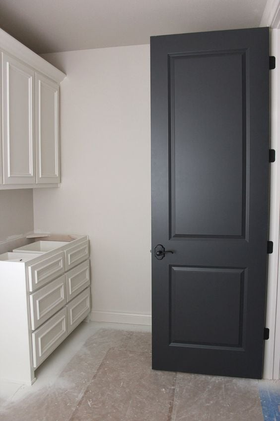 Benjamin moore black kitchen cabinet colors petite for Type of paint for trim