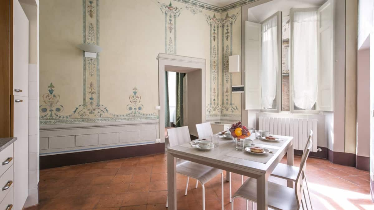 Beautiful apartment Airbnb in Sienna Tuscanny
