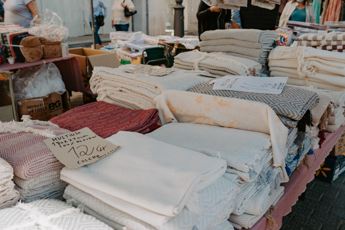 blankets and textile gifts to shop at the Inca Market in Mallorca Spain