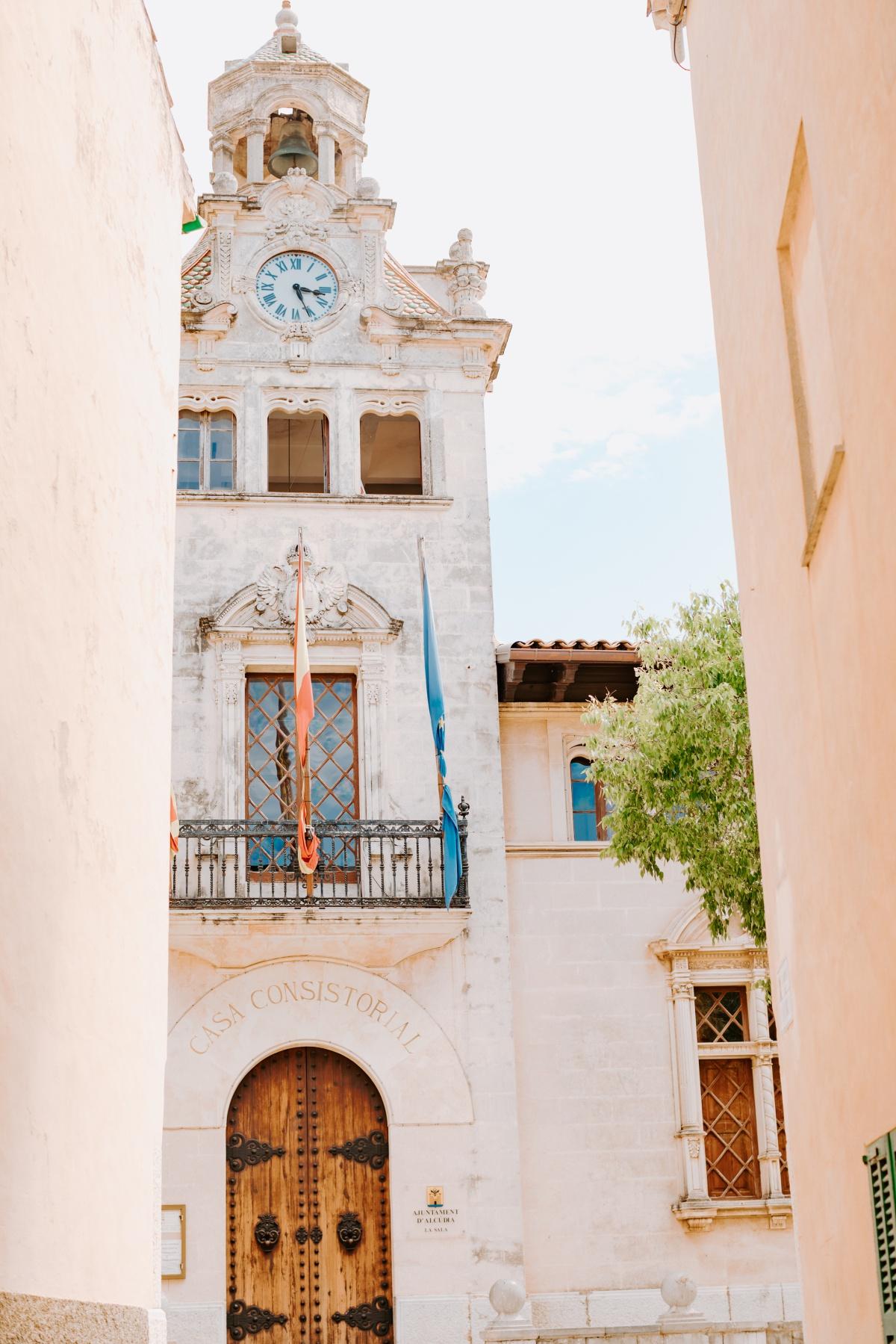 Government building in Alcudia