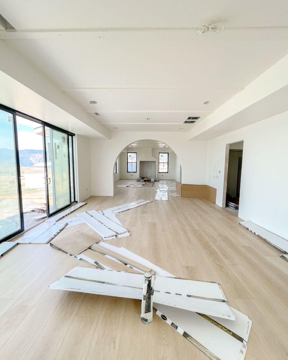 Paradigm Conquest Floors in Estate